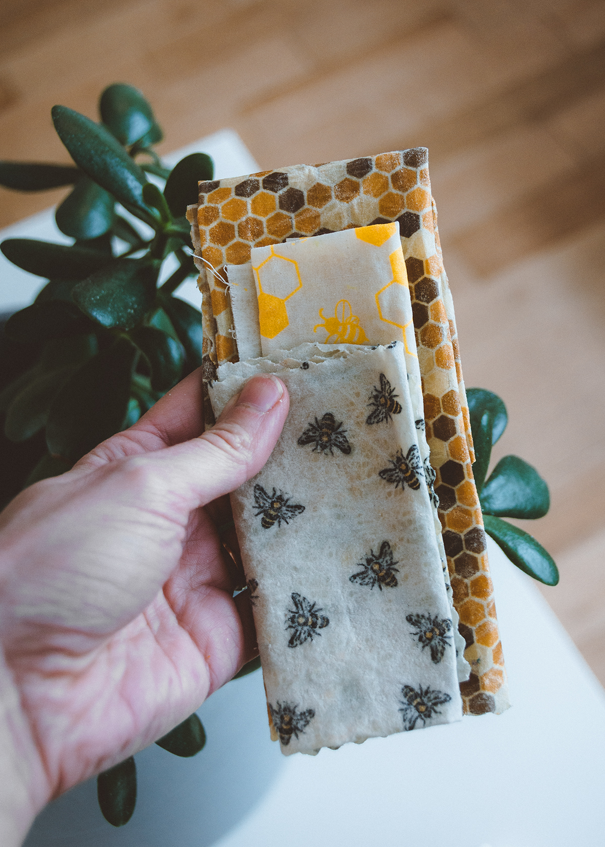 Bees wax cloths can replace plastic cling wrap